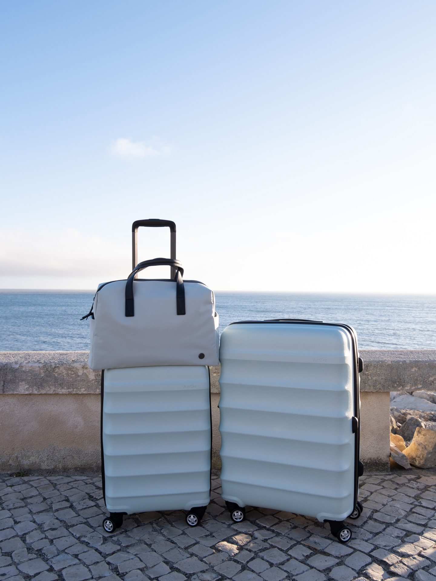 Sea & Sky – my new Antler luggage